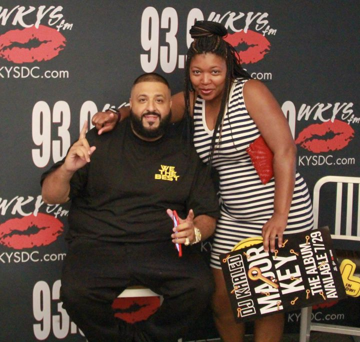 [Photos] DJ Khaled Meet & Greet With The Fam In The Morning