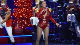 2016 VH1's Divas Holiday: Unsilent Night - Inside