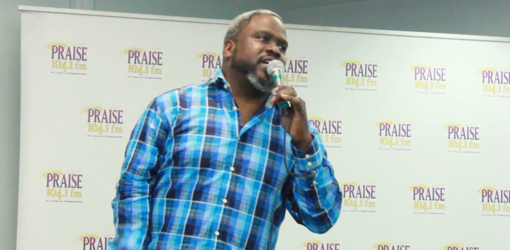 Gospel Star Troy Sneed Dies at 52 Due to COVID-19